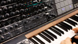 Analog electronic synthesizer - thumbnail